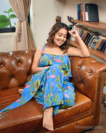 Neha Kakkar Beautiful Photos & Mobile Wallpapers HD (Android/iPhone) (1080p)