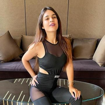 Neha Malik Latest Hot HD Photos / Wallpapers (1080p) (Instagram / Facebook)