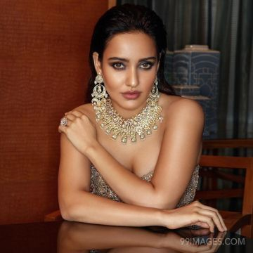 Neha Sharma Hot HD Photos & Mobile Wallpapers (1080p)) (neha sharma, actress, model, tollywood, bollywood, photoshoot)