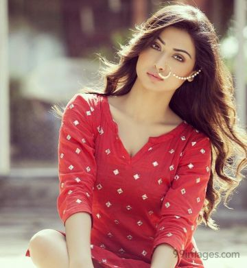 Nikita Sharma Hot Beautiful HD Photos / Wallpapers, WhatsApp DP (1080p)