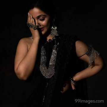 Nithya Shetty Hot HD Photos & Wallpapers for mobile Download, WhatsApp DP (1080p)
