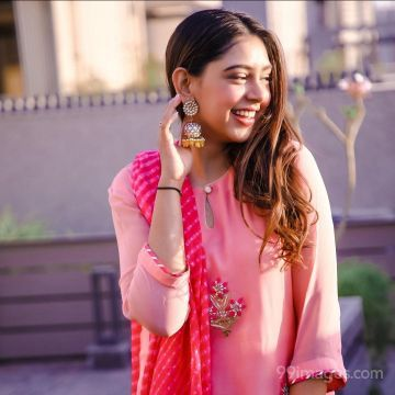 Niti Taylor Beautiful HD Photos & Mobile Wallpapers HD (Android/iPhone) (1080p)