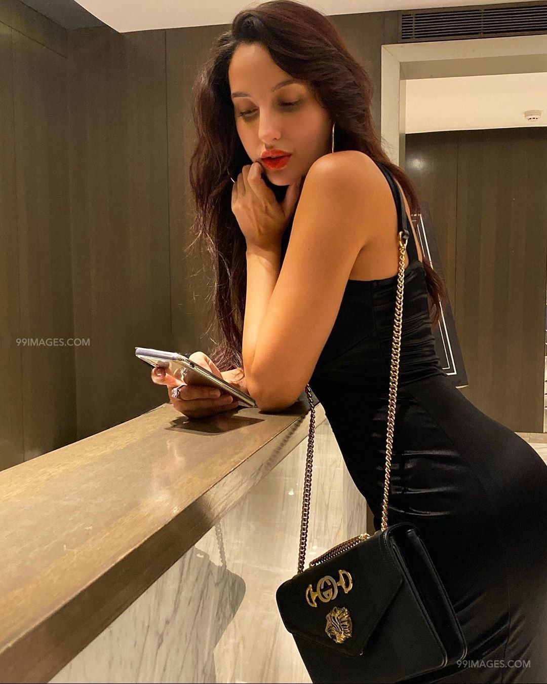 Nora Fatehi Latest Hot HD Photos & Mobile Wallpapers (1080p) (50349) - Nora Fatehi