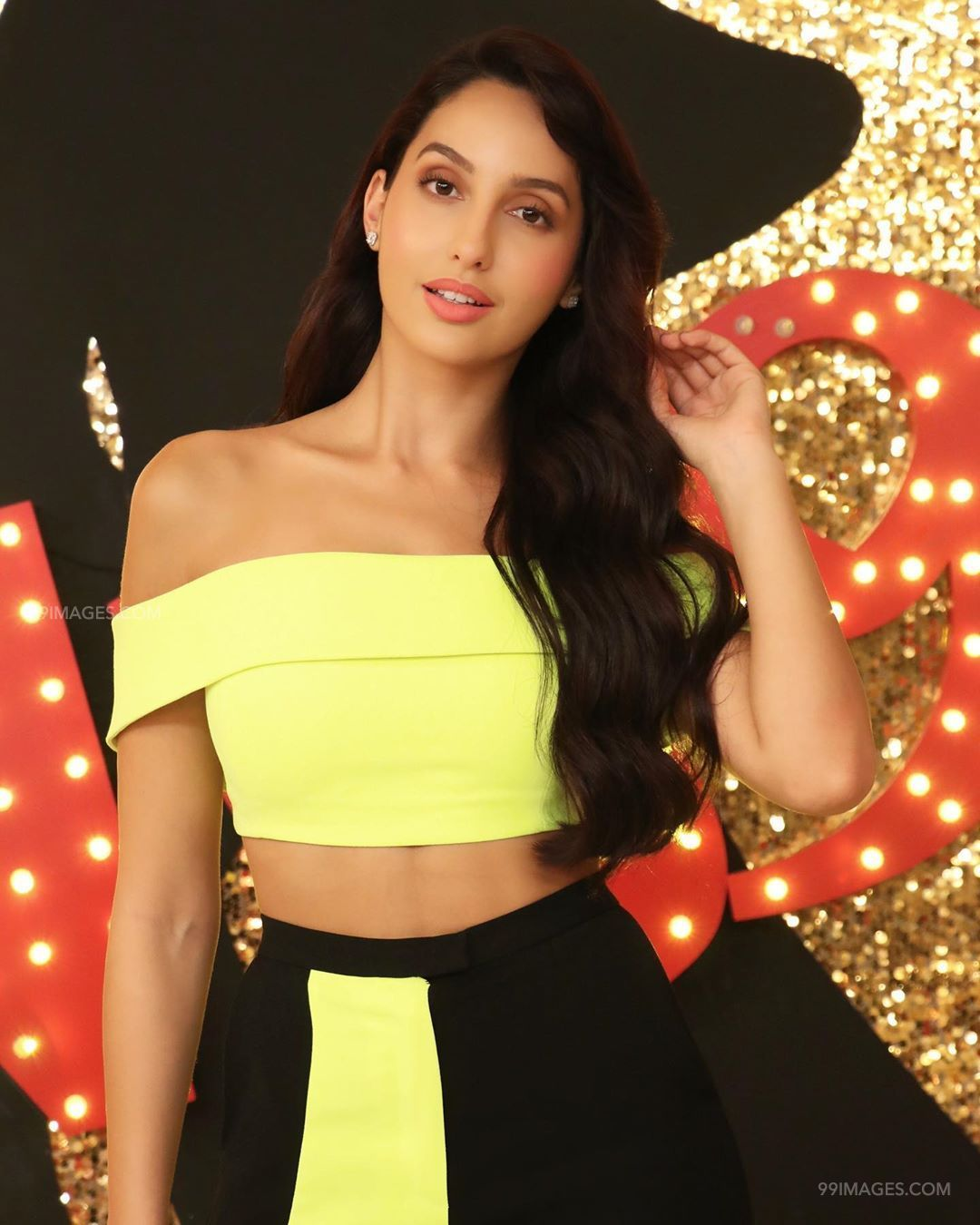 Nora Fatehi Latest Hot HD Photos & Mobile Wallpapers (1080p) (50306) - Nora Fatehi