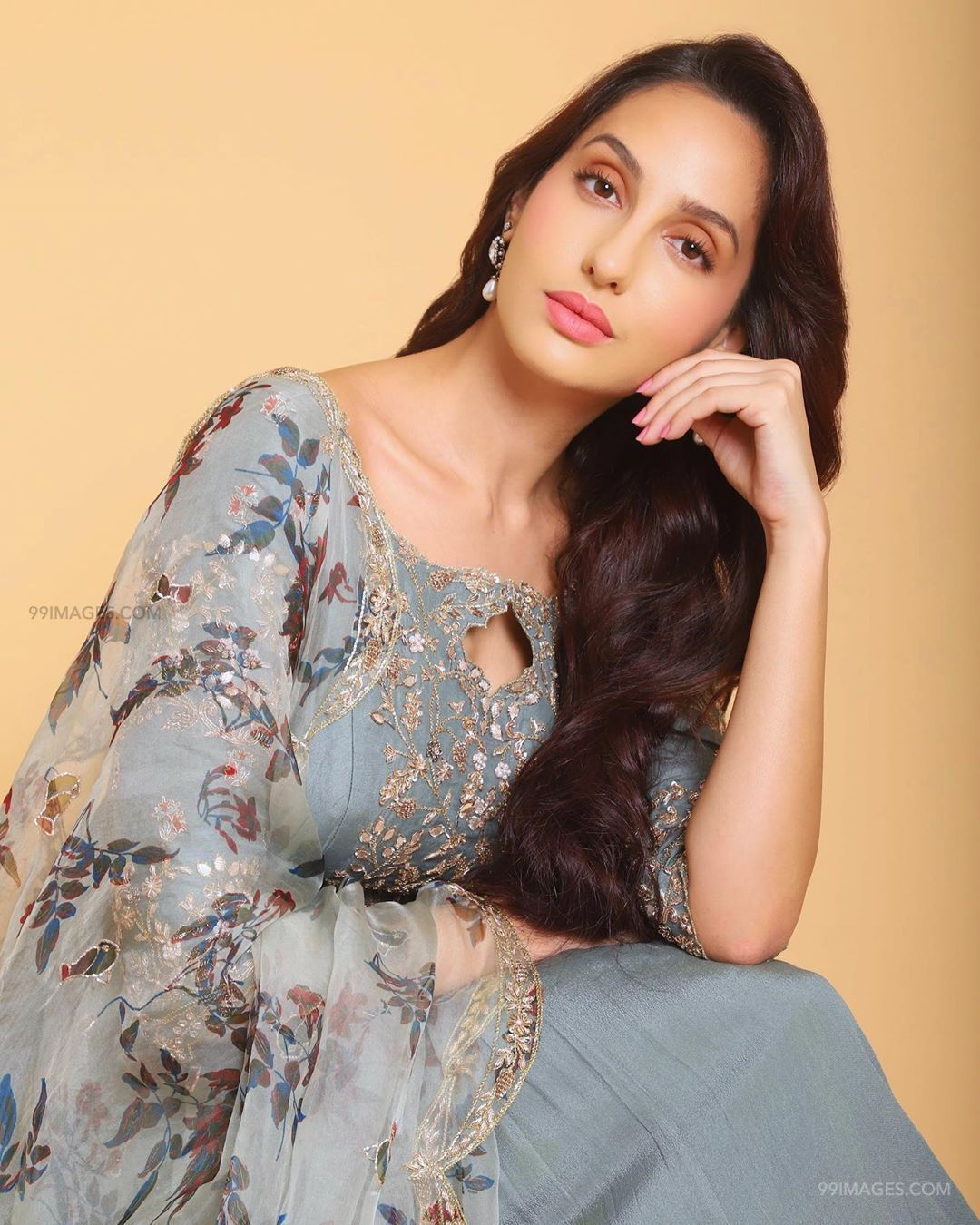 Nora Fatehi Latest Hot HD Photos & Mobile Wallpapers (1080p) (50325) - Nora Fatehi