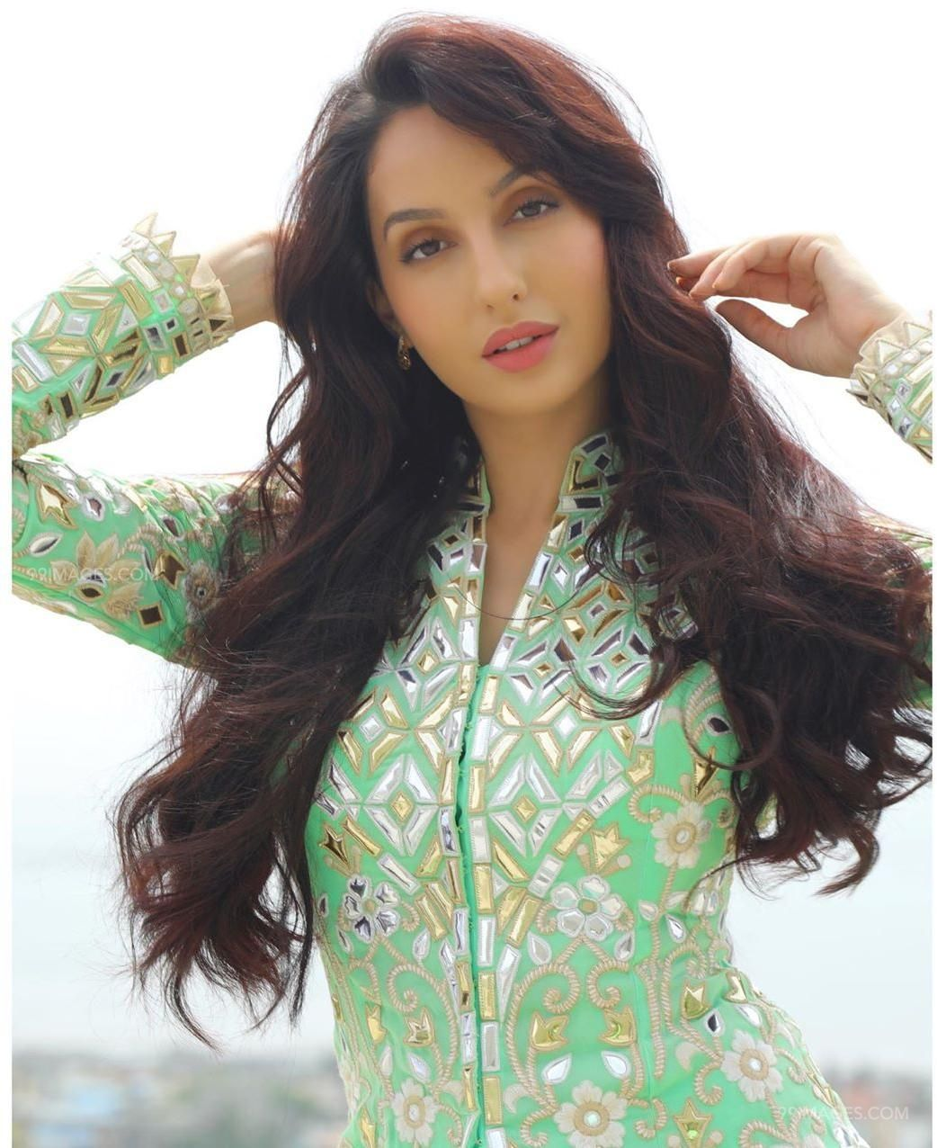 Nora Fatehi Latest Hot HD Photos & Mobile Wallpapers (1080p) (50308) - Nora Fatehi