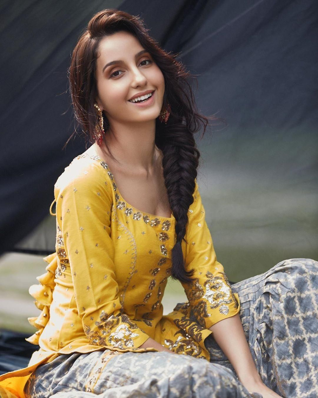100 Nora Fatehi Latest Hot Hd Photos Amp Mobile Wallpapers 1080p 2020