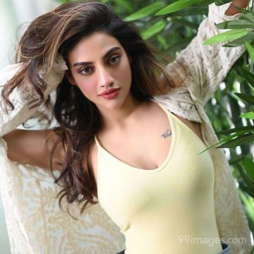 Nusrat Jahan Ruhi Latest Hot HD Photoshoot Photos / Wallpapers (1080p)