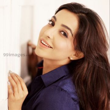 Parvathy Nair Hot HD Photos & Wallpapers for mobile (1080p)
