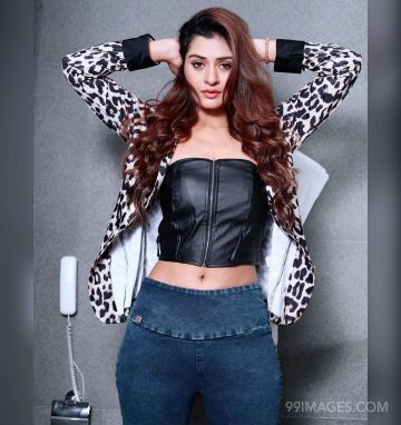 Payal Rajput Beautiful HD Photos & Mobile Wallpapers HD (Android/iPhone) (1080p) (payal rajput, actress, tollywood, bollywood, hd wallpapers)