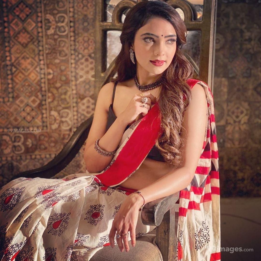 Pooja Banerjee Hot HD Photos / Wallpapers (1080p) (Instagram / Facebook) (581496) - Pooja Banerjee