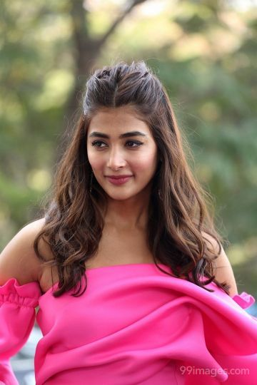 Pooja Hegde Hot HD Photos at Ala Vaikunthapurramloo Movie Thanks Meet Event.