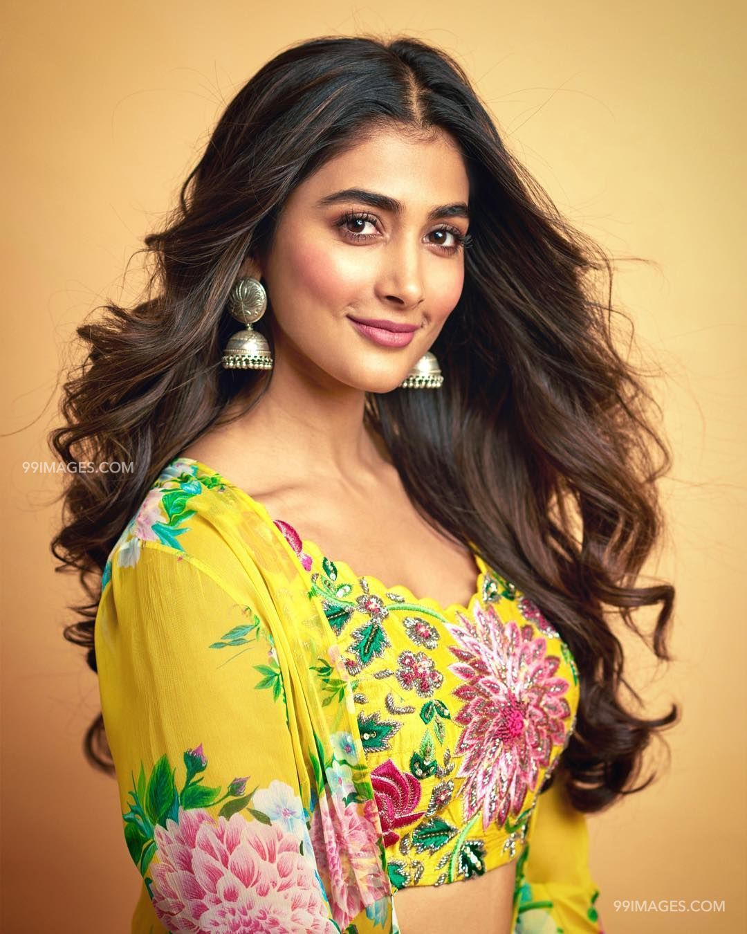 Pooja Hegde Beautiful HD Photoshoot Stills & Mobile Wallpapers HD (1080p) (20871) - Pooja Hegde