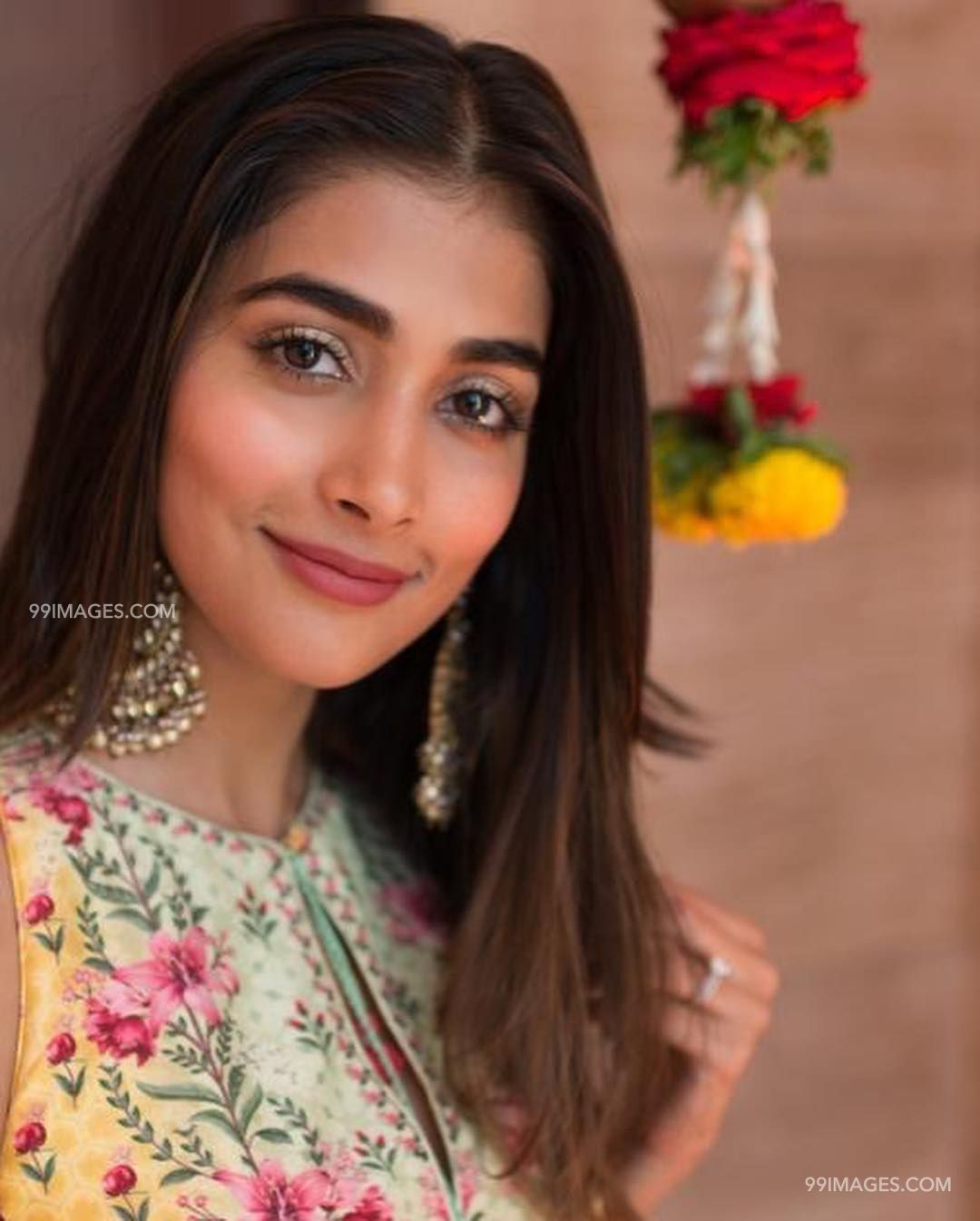 Pooja Hegde Beautiful HD Photoshoot Stills & Mobile Wallpapers HD (1080p) (20847) - Pooja Hegde