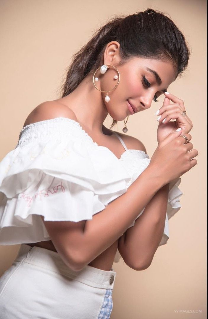 Pooja Hegde Hot Beautiful HD Photos / Wallpapers (1080p) (pooja hegde, indian model, actress, kollywood, tollywood, mollywood) (47537) - Pooja Hegde
