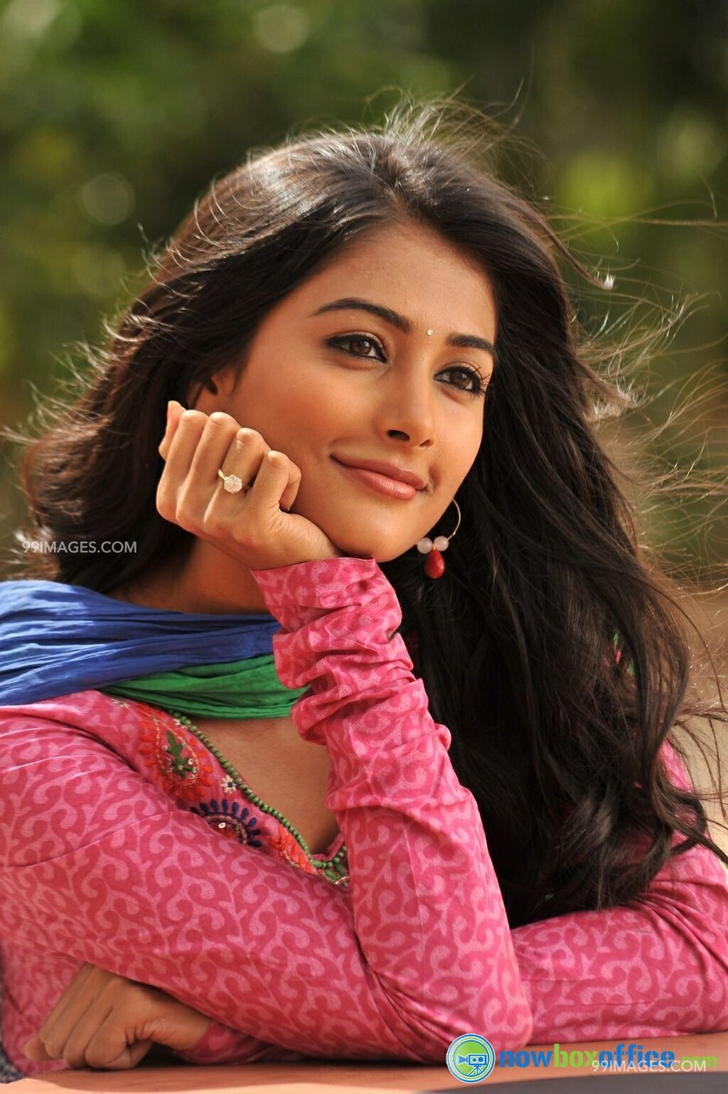 Pooja Hegde Wallpapers Photos Pooja Hegde Hot and Beautiful HD