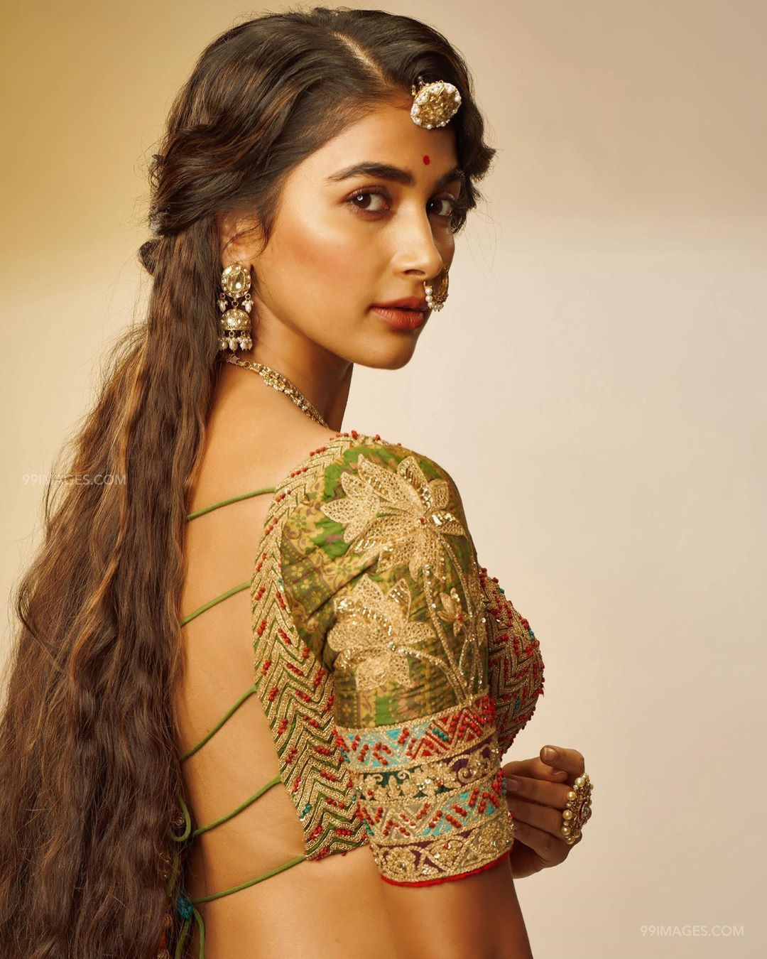 Pooja Hegde Hot Beautiful HD Photos / Wallpapers (1080p) (47539) - Pooja Hegde