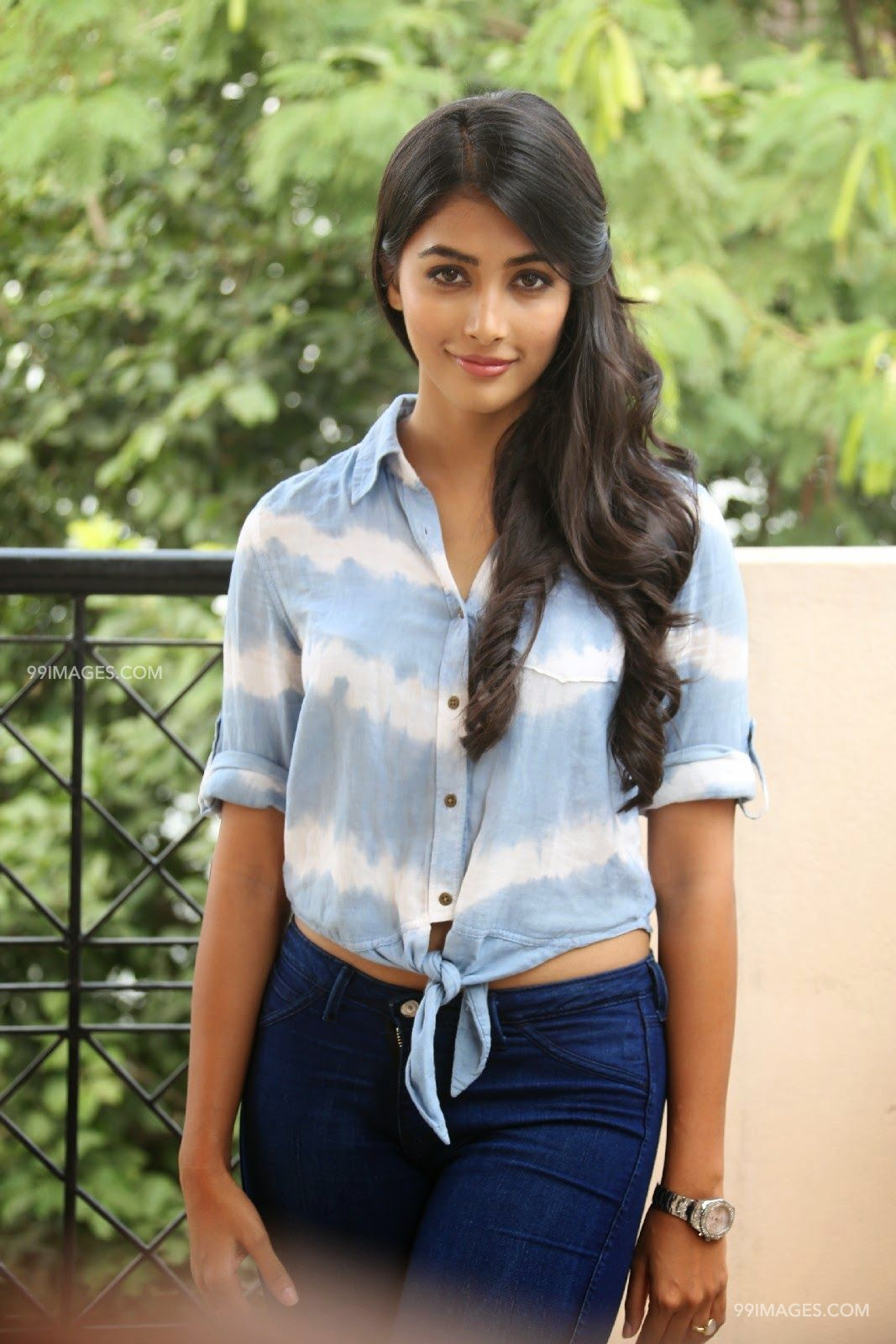 Pooja Hegde Hot Beautiful HD Photos / Wallpapers, WhatsApp DP (1080p) (7448) - Pooja Hegde