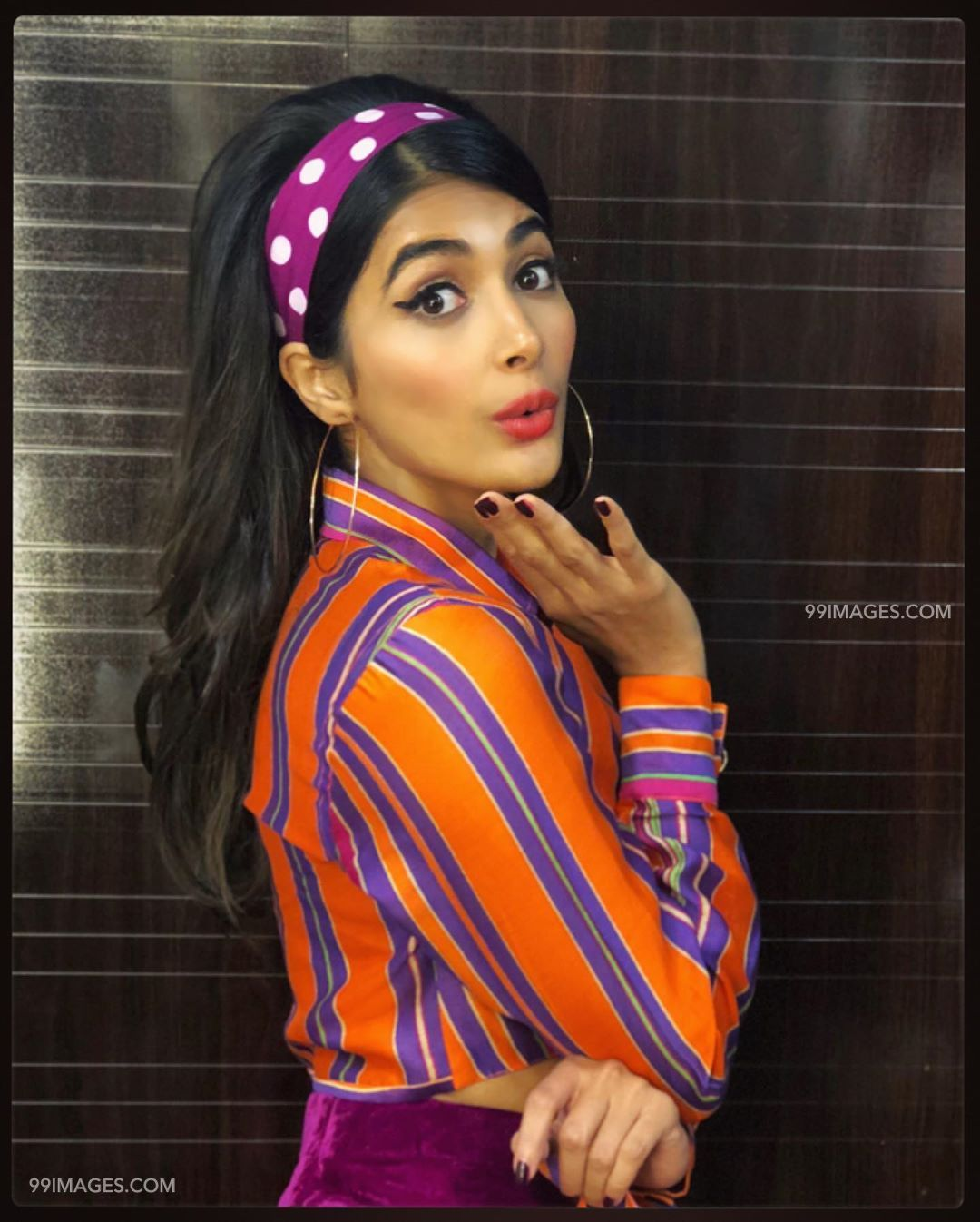 105+ Pooja Hegde HD Wallpapers/Images (1080p) [2019]