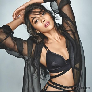 Pooja Hegde Beautiful Photos & Mobile Wallpapers HD (Android/iPhone) (1080p) - #20995