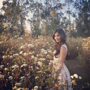 Pooja Hegde Beautiful Photos & Mobile Wallpapers HD (Android/iPhone) (1080p) - #21000