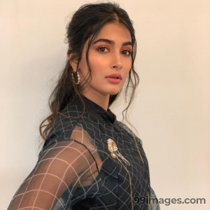 Pooja Hegde Hot HD Photos & Wallpapers for mobile (1080p)
