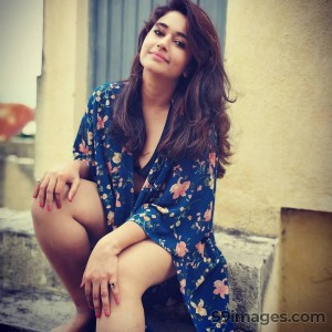 Poonam Bajwa Beautiful HD Photos & Mobile Wallpapers HD (Android/iPhone) (1080p)
