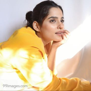 Priya Bapat Hot HD Photos & Mobile Wallpapers (1080p)