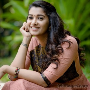Priya Bhavani Shankar Latest Hot HD Photos / Wallpapers (4k, 1080p)
