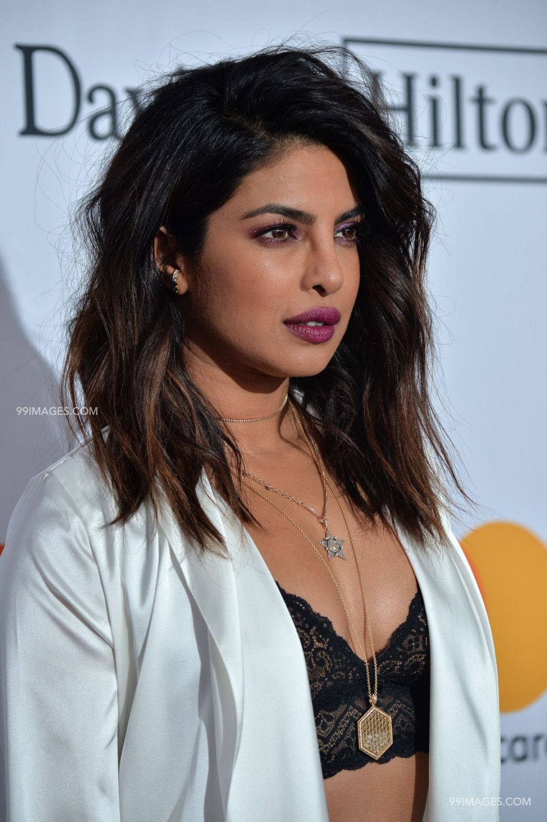 Priyanka Chopra Hot Hd Photos 1080p