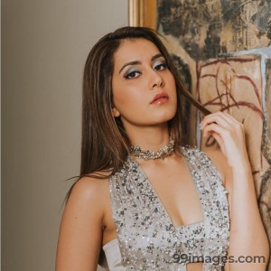 Raashi Khanna Beautiful HD Photoshoot Stills & Mobile Wallpapers HD (1080p) - #17128