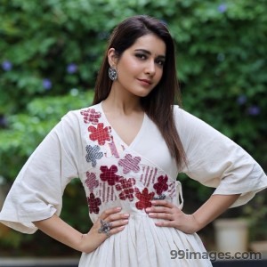 Raashi Khanna Beautiful HD Photoshoot Stills & Mobile Wallpapers HD (1080p) - #17118