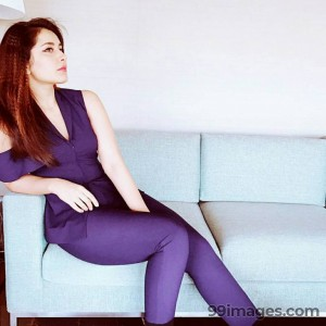 Raashi Khanna Beautiful Photos & Mobile Wallpapers HD (Android/iPhone) (1080p) - #17250