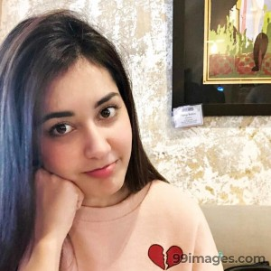 Raashi Khanna Beautiful Photos & Mobile Wallpapers HD (Android/iPhone) (1080p) - #17295