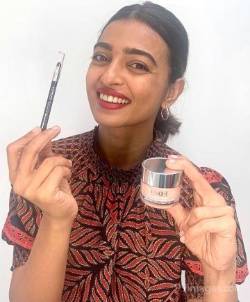 Radhika Apte Latest Photoshoot Hot Photos in HD Quality (1080p)