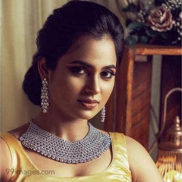 Ramya Pandian(Bigg Boss) Latest Hot Beautiful Photoshoot HD images (1080p)