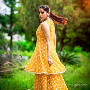 Rashmi Gautam Beautiful HD Photoshoot Stills (1080p)
