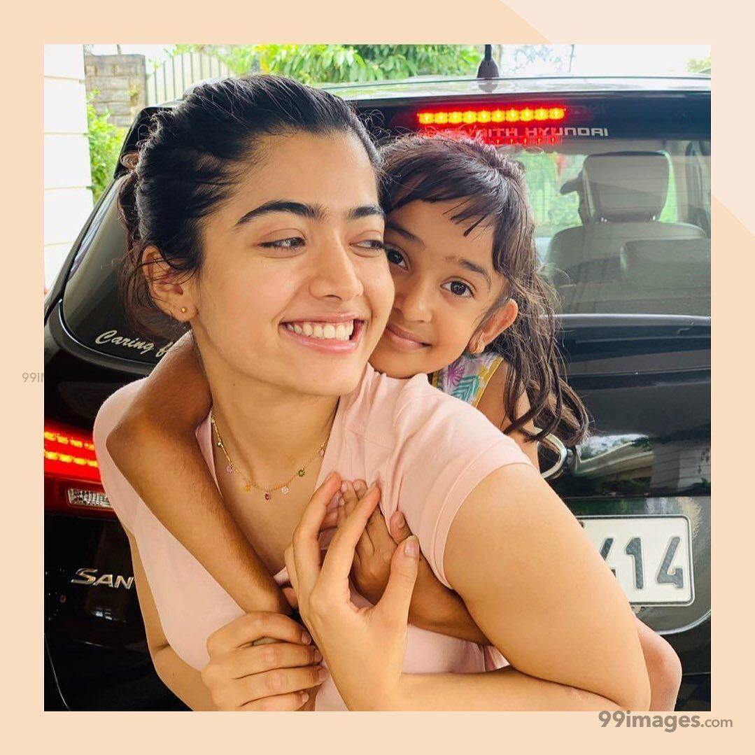 Rashmika Mandanna Beautiful HD Photos & Mobile Wallpapers HD (Android/iPhone) (1080p) (577957) - Rashmika Mandanna