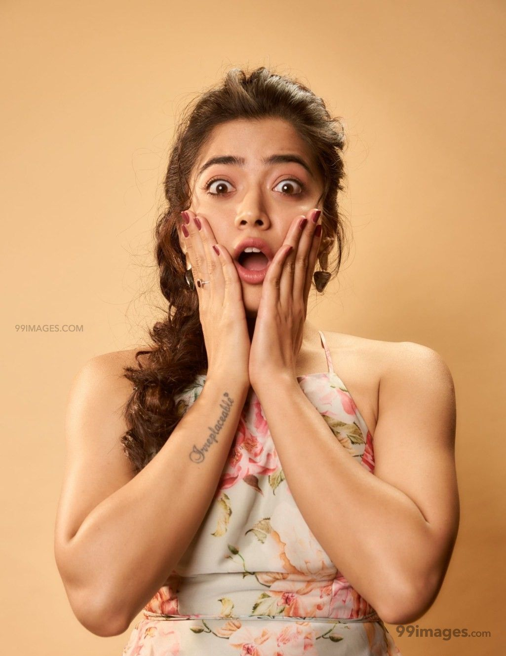 Rashmika Mandanna Beautiful HD Photos & Mobile Wallpapers HD (Android/iPhone) (1080p) (385532) - Rashmika Mandanna