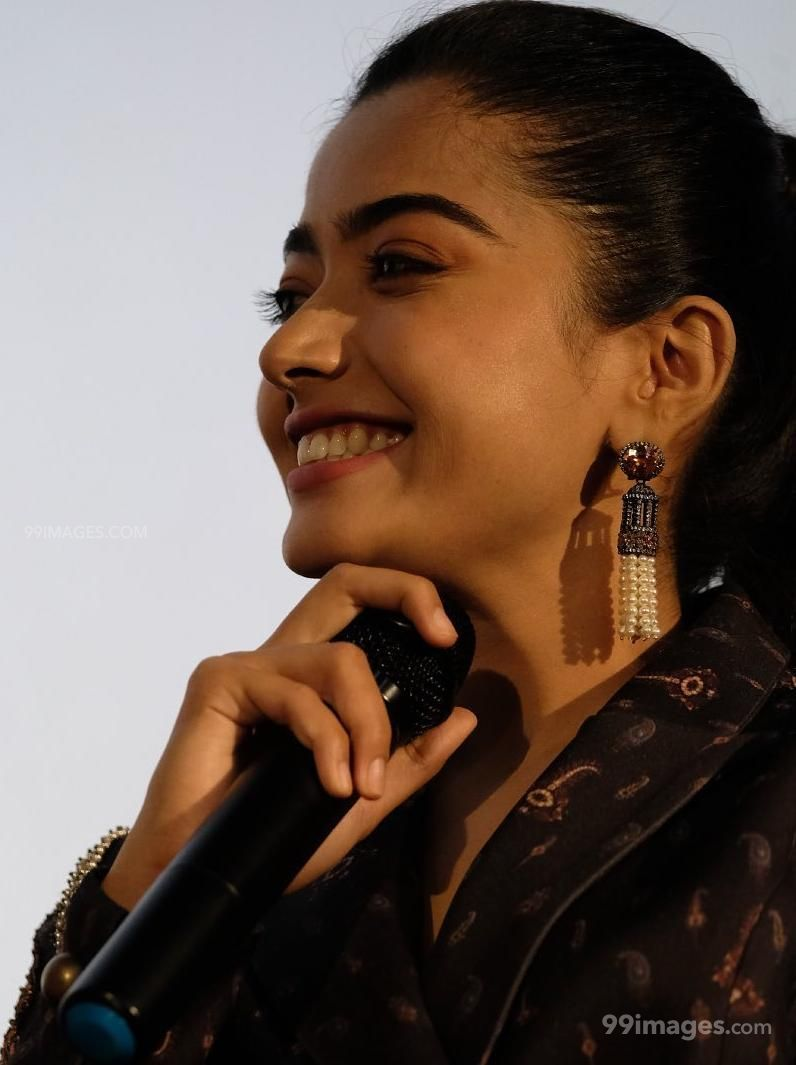 Rashmika Mandanna Beautiful HD Photos & Mobile Wallpapers HD (Android/iPhone) (1080p) (177437) - Rashmika Mandanna