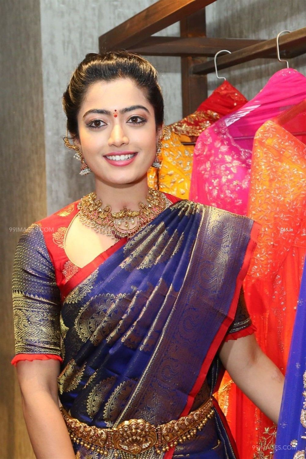 Rashmika Mandanna Beautiful HD Photos & Mobile Wallpapers HD (Android/iPhone) (1080p) (44257) - Rashmika Mandanna