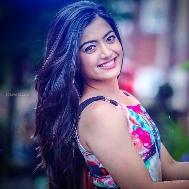 [140+] Rashmika Mandanna Beautiful HD Photos & Mobile