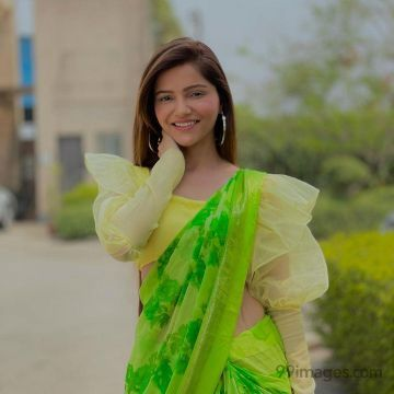 Rubina Dilaik Latest Hot HD Photos / Wallpapers (1080p) (Instagram / Facebook)