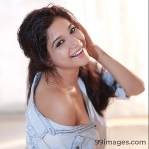 Sakshi Agarwal Beautiful Photos & Mobile Wallpapers HD (Android/iPhone) (1080p) - #22840