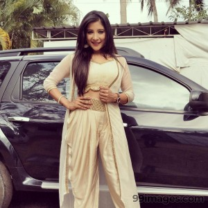 Sakshi Agarwal Beautiful Photos & Mobile Wallpapers HD (Android/iPhone) (1080p) - #22841