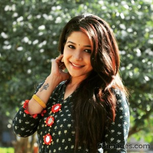 Sakshi Agarwal Beautiful Photos & Mobile Wallpapers HD (Android/iPhone) (1080p) - #22832