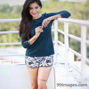 Sakshi Agarwal Beautiful Photos & Mobile Wallpapers HD (Android/iPhone) (1080p) - #22836