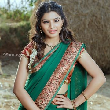 Sanchita Shetty Beautiful Photos & Mobile Wallpapers HD (Android/iPhone) (1080p)