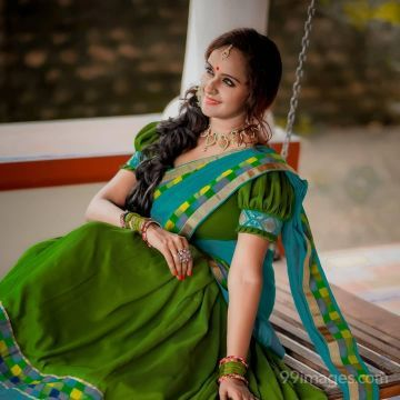 Shalu Menon Beautiful HD Photos & Mobile Wallpapers HD (Android/iPhone) (1080p)
