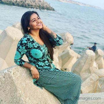 Shalu Shamu Hot HD Photos & Wallpapers for mobile Download, WhatsApp DP (1080p, 4k)